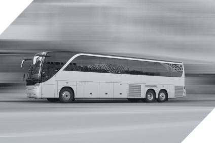 Coaches and mini buses for hire in Milwaukee, WI